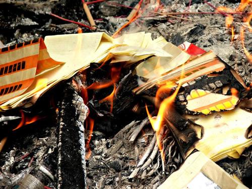 burn paper money